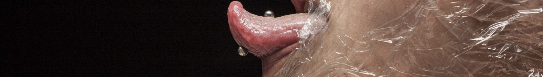 Tecnico qualificato in piercing