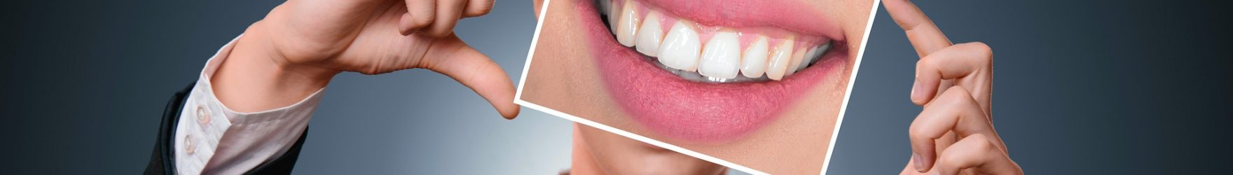 Dal dentista con il sorriso